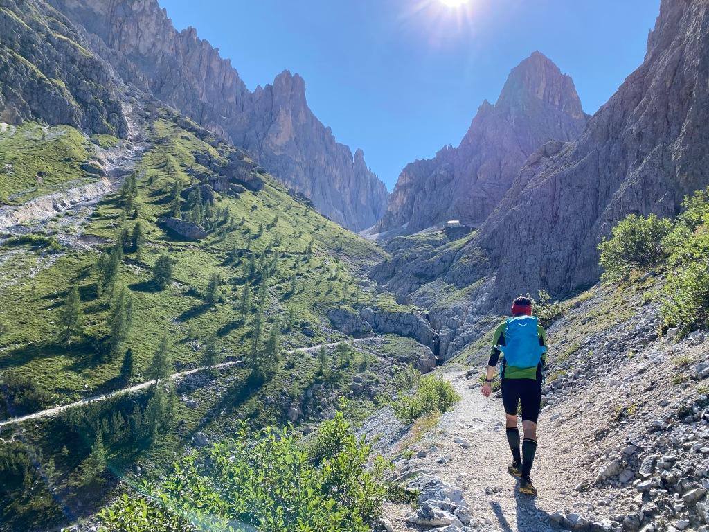 sentiero per il Rifugio Vicenza